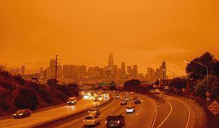 """""""Marsjańskie"""" niebo w Kalifornii. Jest efektem ogromnych pożarów"""