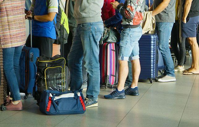 Lotnisko to nie miejsce na głupie żarty. Oni o tym zapomnieli i bardzo tego żałowali