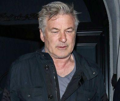 Asystent reżysera nieświadomie dał Alecowi Baldwinowi naładowaną broń. Członkowie ekipy już wcześniej mieli zastrzeżenia
