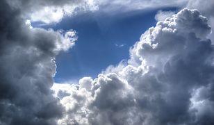 Do południa pogoda będzie słoneczna, potem możliwe są przelotne deszcze