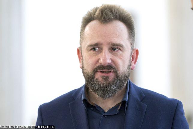 Zmiany w Sejmie. Jakubiak i Winnicki dołączają do Liroya