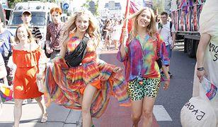 Julia Wieniawa i Jessica Mercedes na Paradzie Równości 2019.