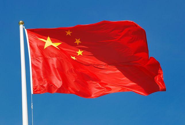 Chiny przetrzymują muzułmanów w obozach reedukacyjnych. Są zmuszani do śpiewu i picia alkoholu