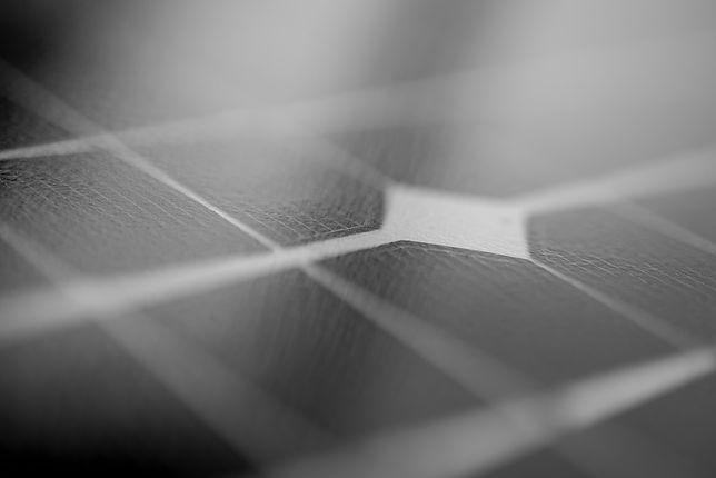 Panele fotowoltaiczne jako dodatkowe źródło energii – czy to się opłaca