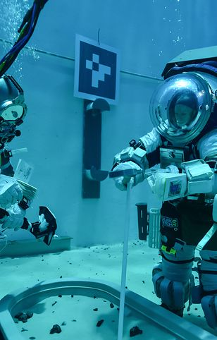 Trening astronautów w ramach misji Artemis