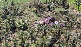 Zniszczenia po przejściu tajfunu na Filipinach