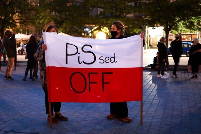 Protestujące kobiety nie przebierają w słowach