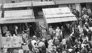 Skok komunistów na kasę obywateli. 28 października 1950 roku był czarnym dniem dla finansów Polaków - każdy chciał wymienić niewiele warte pieniądze na coś materialnego