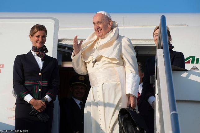 Papież Franciszek żartuje z Amerykanów. Rzecznik Watykanu wyjaśnia
