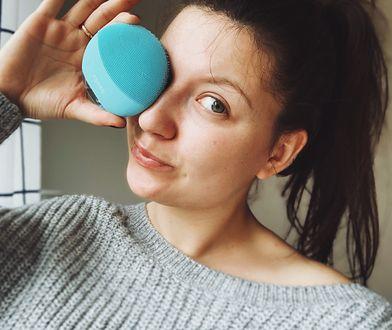 LUNA mini 3 - inteligentna szczoteczka oczyszczająca do twarzy po treningu