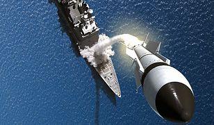 Potencjalnie do niszczenia satelitów mogą zostać wykorzystane rakiety SM-3 rozmieszczone na okrętach i w bazach lądowych Aegis Ashore. Pierwszy taki tekst wykonano w 2008 roku