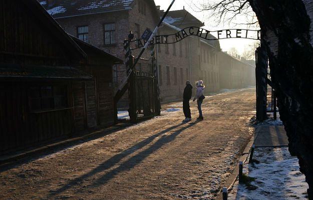 Spore zmiany w Muzeum Auschwitz. Czekają nas dodatkowe kontrole przed wejściem