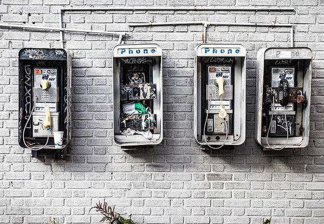 Szybki i darmowy internet zamiast budki telefonicznej - czemu nie?