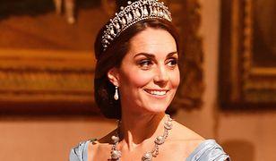 Księżna Kate ulubienicą królowej. Meghan może jej jedynie zazdrościć
