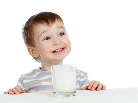 Chude mleko nie chroni dzieci przed otyłością