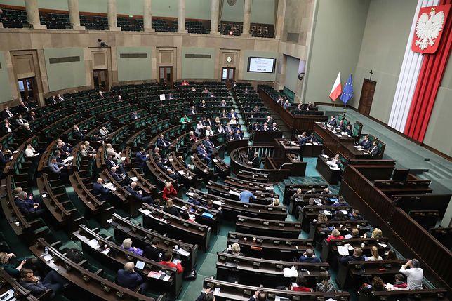 Sejm. Debata ws. ustawy o sądach