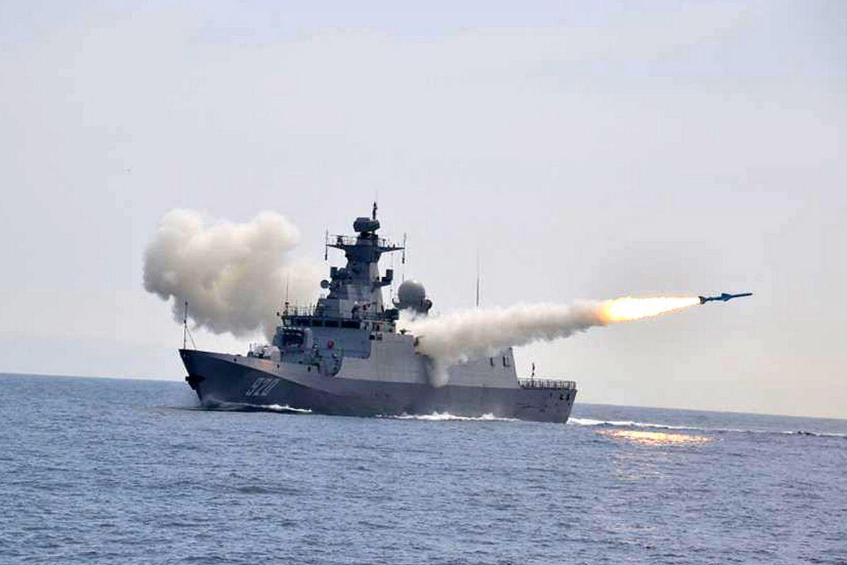 Irański okręt zatopiony. Zniszczyła go kopia chińskiej rakiety