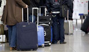 Zakaz wnoszenia urządzeń elektronicznych w bagażu podręcznym