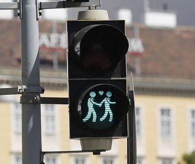 Homoseksualne pary na sygnalizatorach świetlnych w Wiedniu