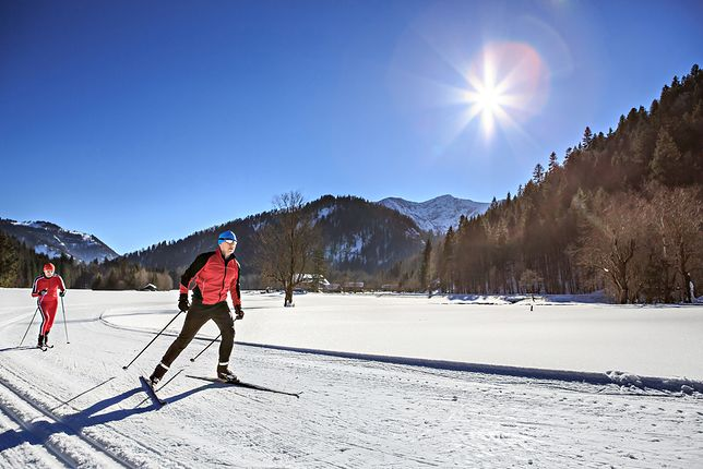 Nauka jazdy na nartach wymaga stosowania się do kilku podstawowych zasad.