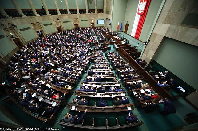 Sejm. Uroczystość wręczenia zaświadczeń o wyborze posłów. Relacja