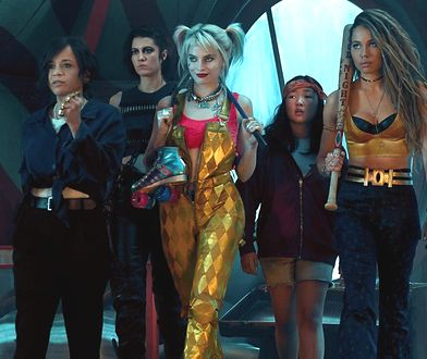 """Margot Robbie (w środku) z pozostałymi bohaterkami nadchodzącego filmu """"Ptaki nocy"""""""