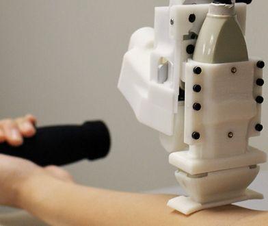 Robot do pobierania krwi. Naukowcy: radzi sobie lepiej od człowieka