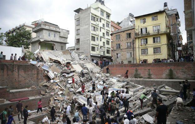 Polscy strażacy w Katmandu. Pierwsza akcja już za nimi