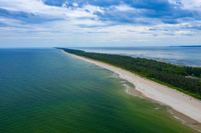 Półwysep helski. Widom na plażę w Chałupach