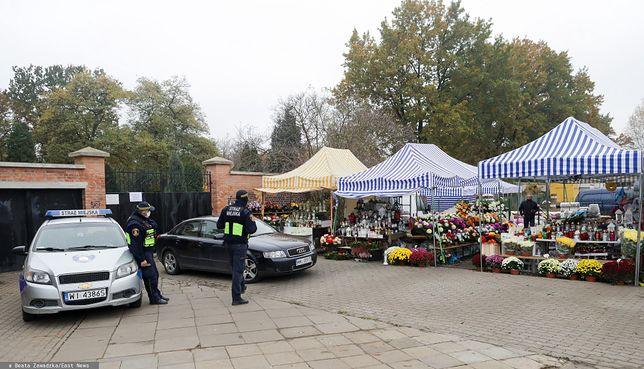 W sobotę bramy polskich cmentarzy zostały zamknięte