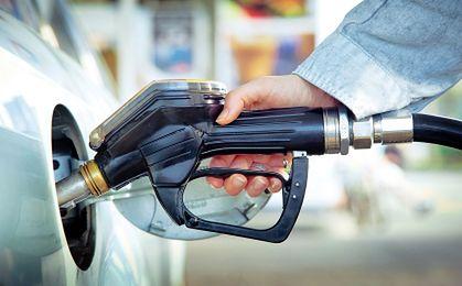 Coraz tańsze paliwo na stacjach