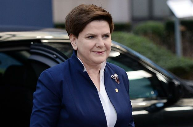 CBOS: 44 proc. Polaków deklaruje poparcie dla premier Beaty Szydło
