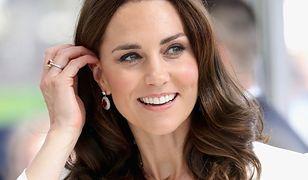 Ile kosztuje biżuteria księżnej Kate? Suma jest zawrotna