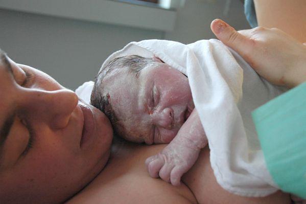 Noworodek zaraz po narodzinach