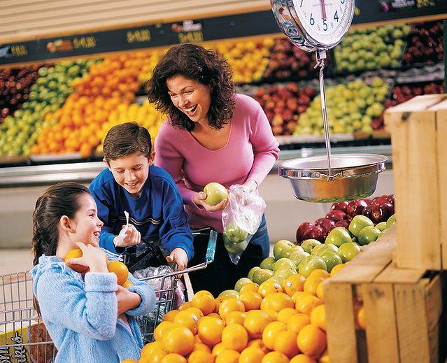 Kilka porcji warzyw i owoców dziennie