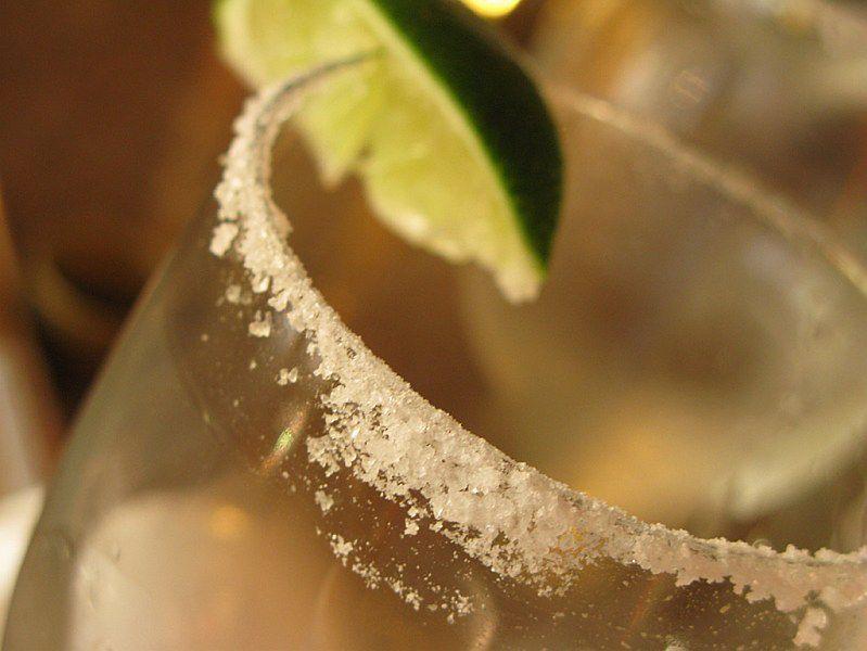 Szklanka z drinkiem