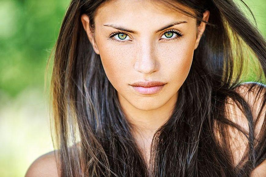 Makijaż brunetki