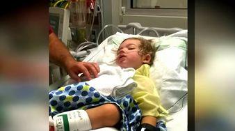 3-letni chłopiec miał paraliż i nie mógł wstać z łóżka. Kiedy lekarze odkryli źródło problemu, byli zszokowani