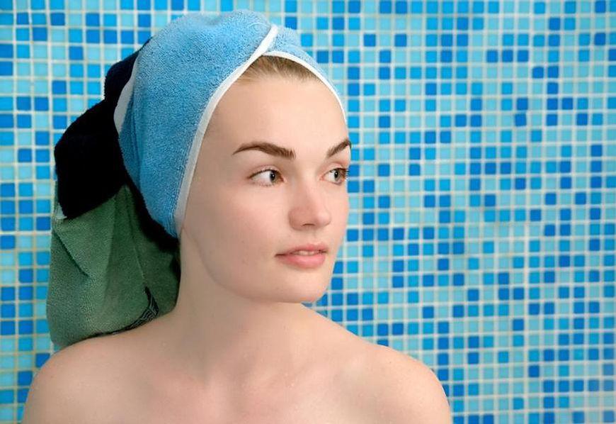 Zbyt energiczne wycieranie ręcznikiem