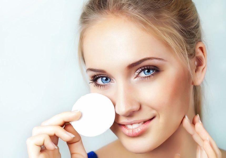 Niekorzystny makijaż oczu?