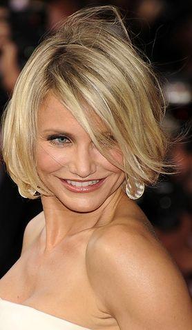 Dermatolodzy celebrytów ujawniają sekrety pięknej skóry