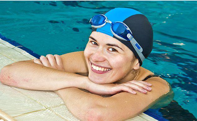 Kobieta na basenie