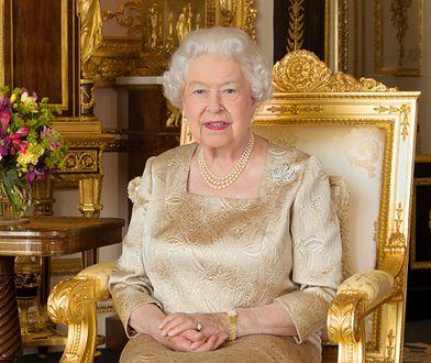 Stylizacje królowej Elżbiety zawsze są nienaganne