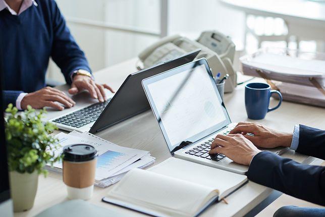 Leasing to jedna z lepszych opcji na wyposażenie biura w dobre jakości komputery