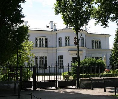 Koronawirus. Zamknięto dwa warszawskie klasztory