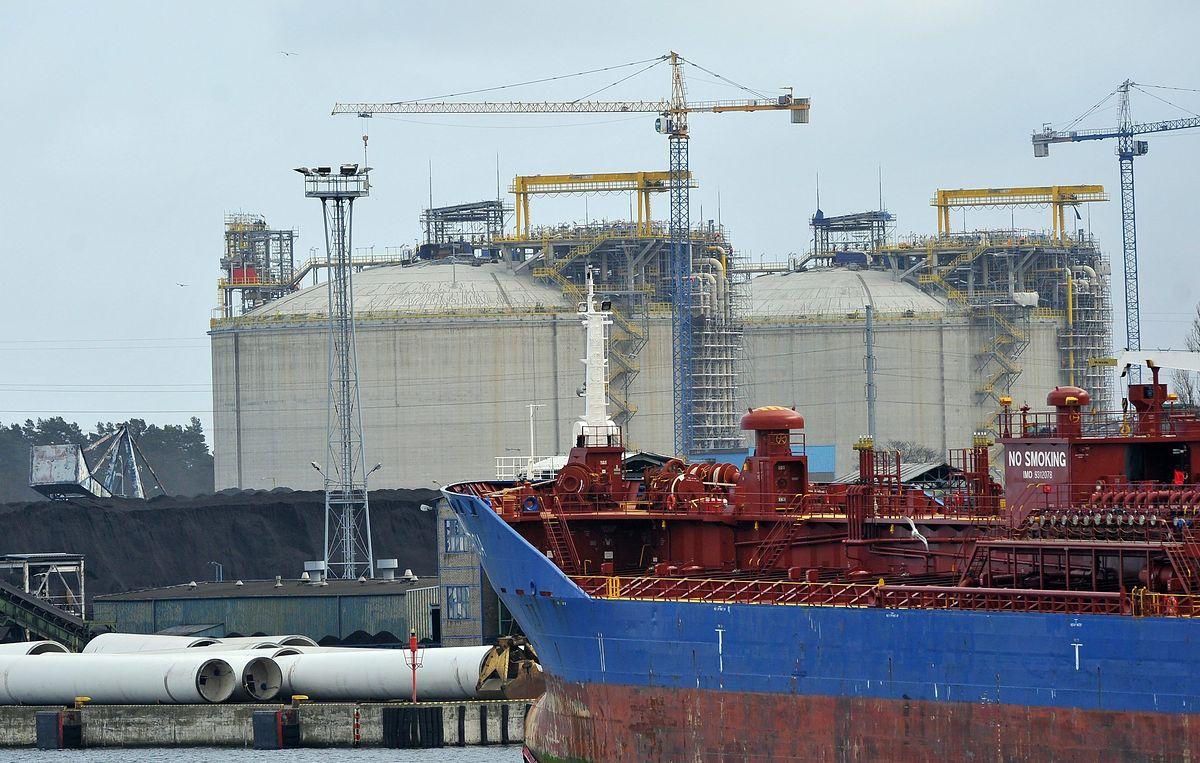 """Niemcy przymierzają się do budowy gazoportu. """"Rynek otwarty dla wszystkich dostawców"""""""