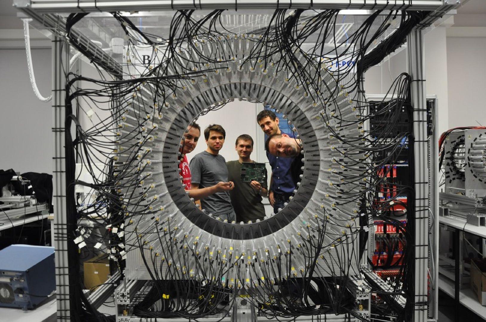 Prototyp tomografu z UJ