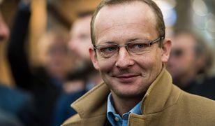 """Paweł Olszewski mówi WP o """"kompromitujących"""" zdjęciach Wąsika. """"Podstawa do szantażu"""""""