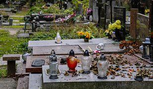 Cmentarze zamknięte, ale nie wszędzie. Nietypowy pomysł księdza w Ksawerowie