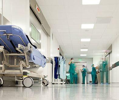 47-latek zmarł po ponad dobie w szpitalu